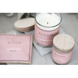 Altum scented candle...